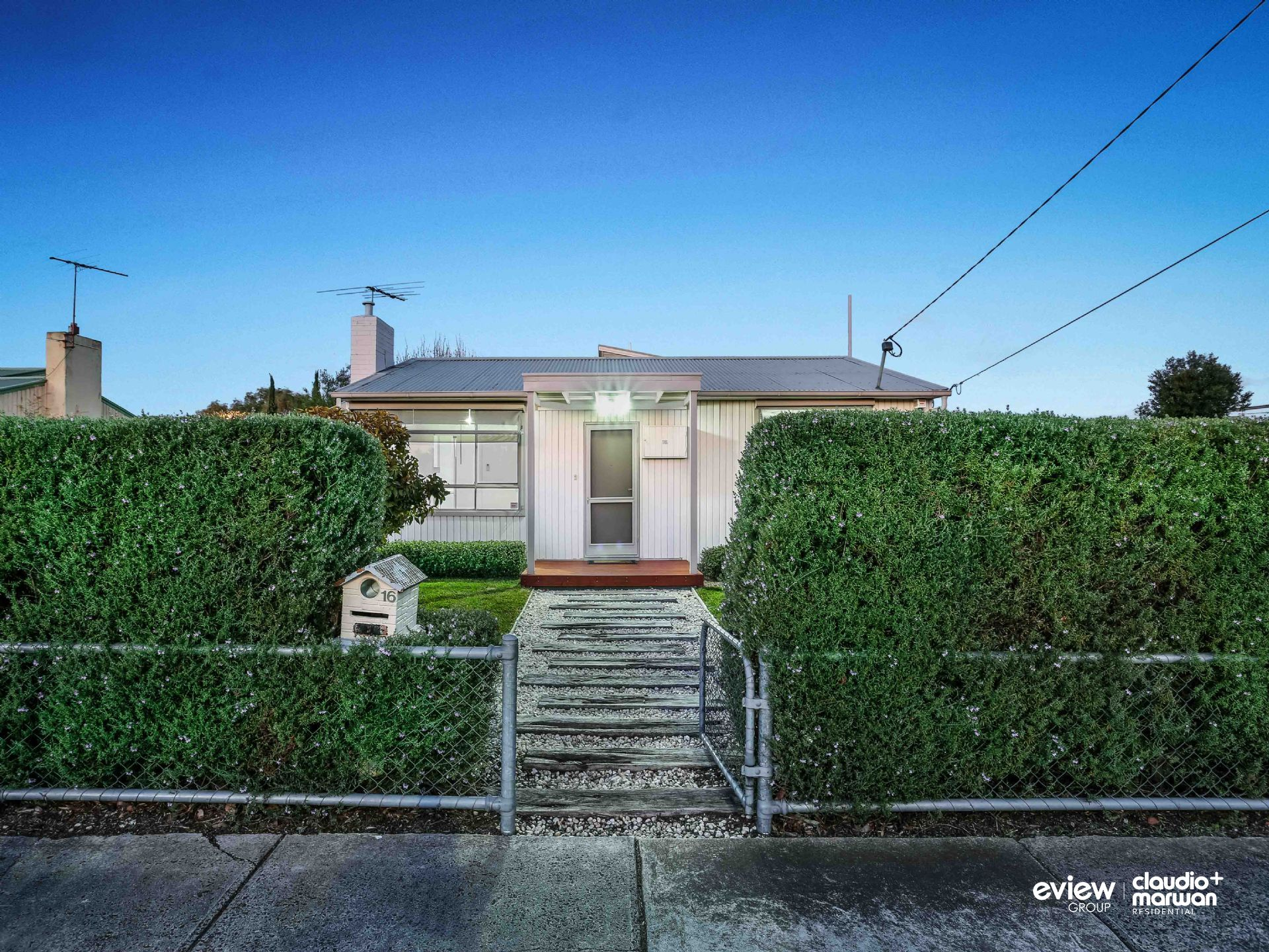 1/16 Lorensen Avenue, COBURG NORTH, VIC, 3058 - Image