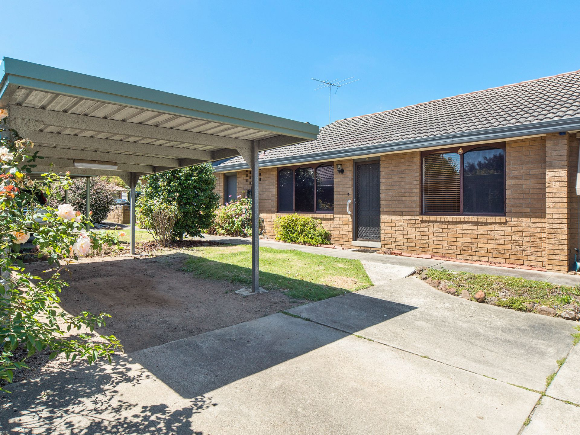 2/8 Government Road, FRANKSTON, VIC, 3199 - Image