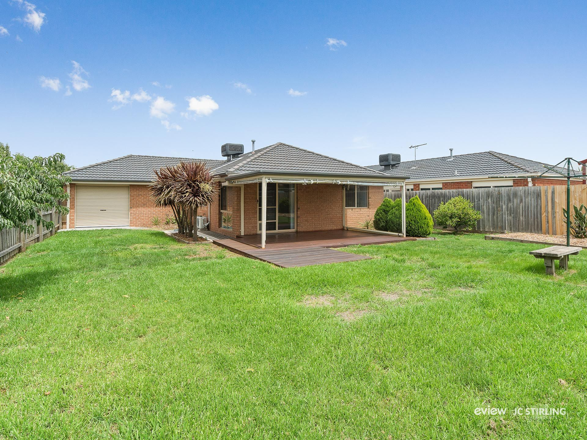 17 Taplan Crescent, CRANBOURNE WEST, VIC, 3977 - Image