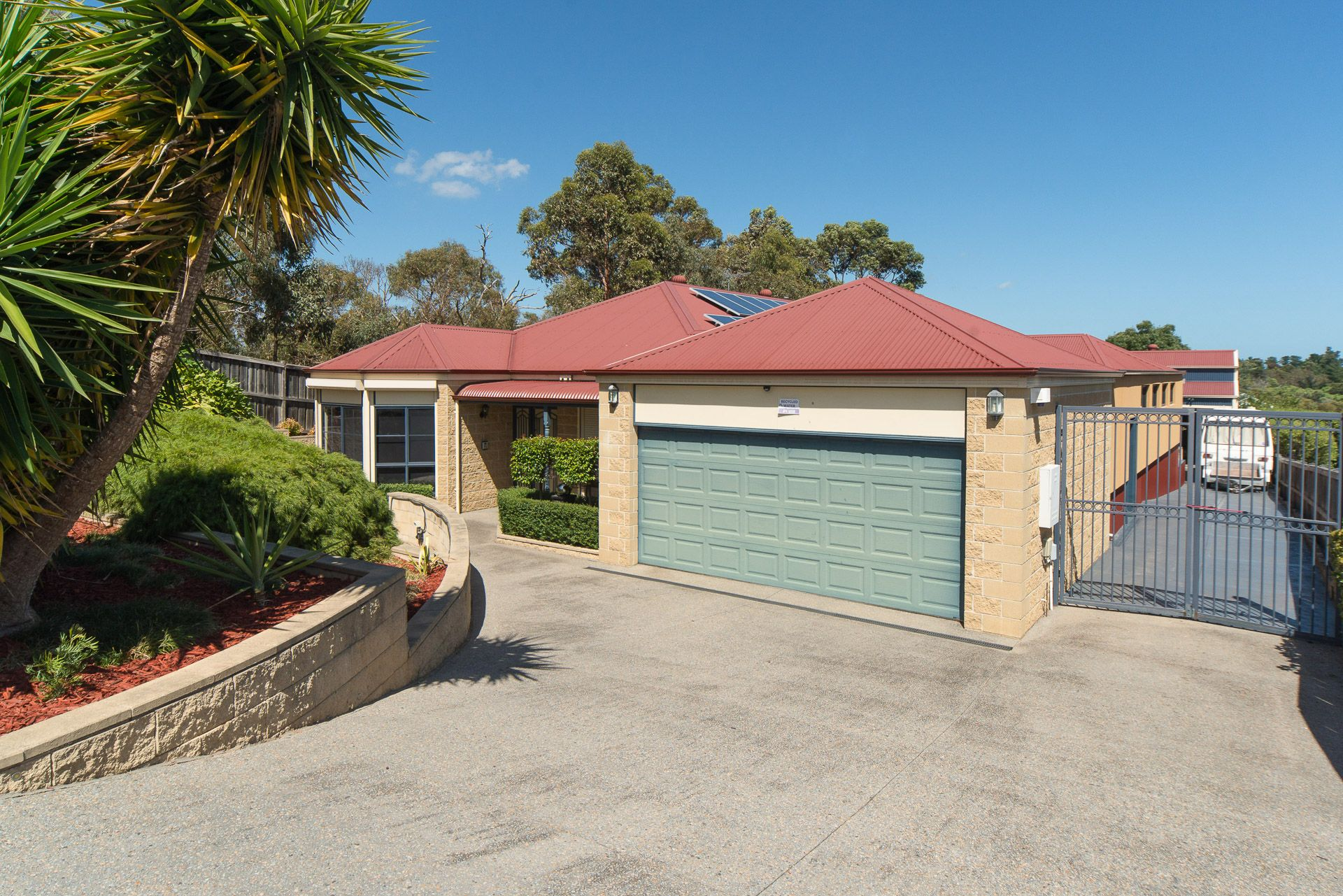 14 Crenada Close, LANGWARRIN, VIC, 3910 - Image