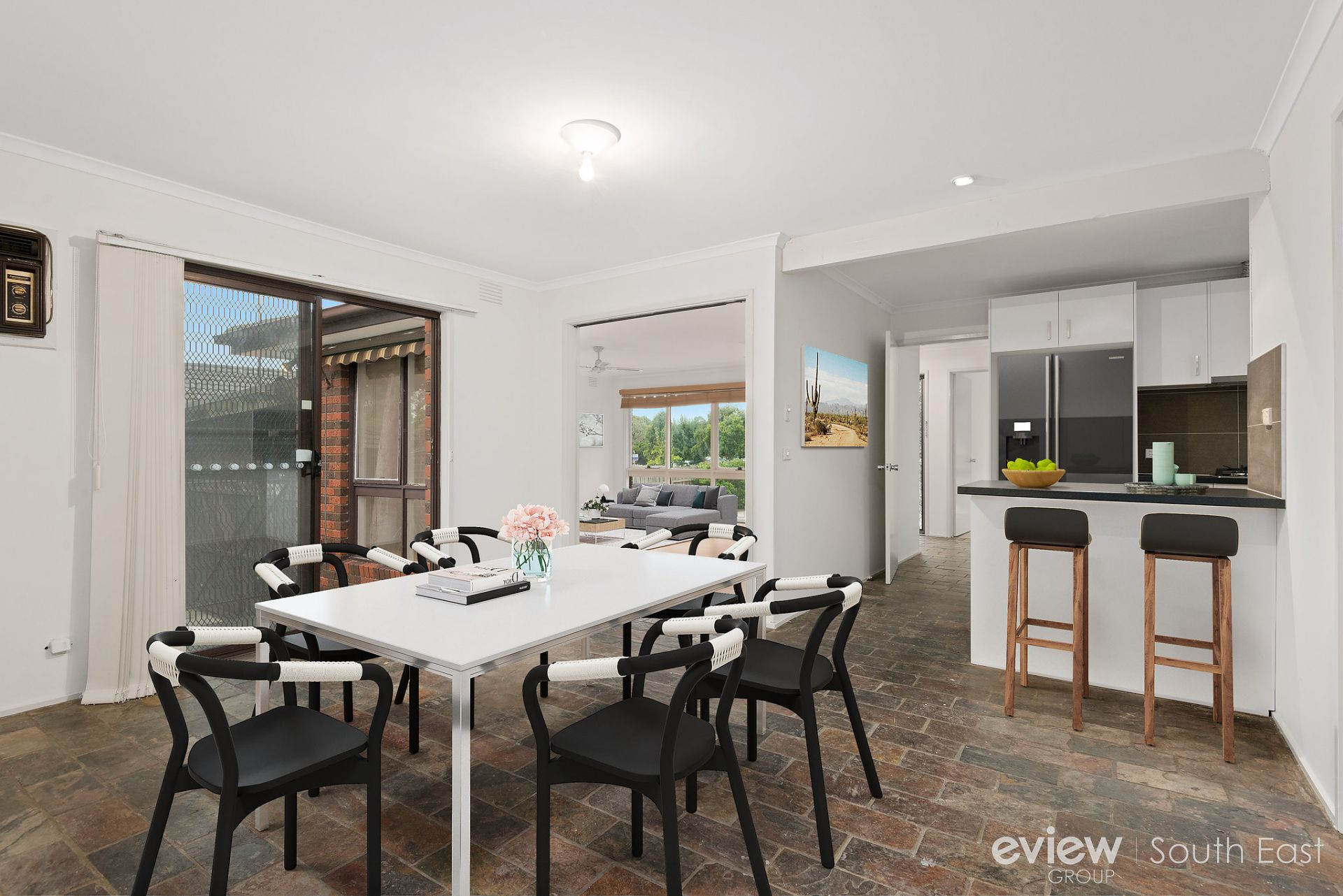 74 James Cook Drive, ENDEAVOUR HILLS, VIC, 3802 - Image