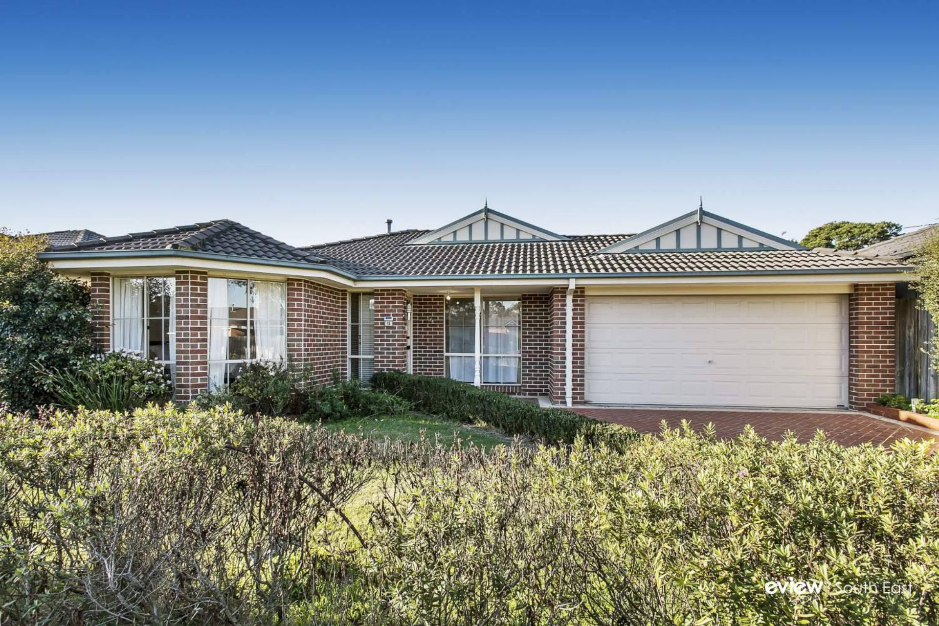 16 Wattlebird Court, NARRE WARREN, VIC, 3805 - Image
