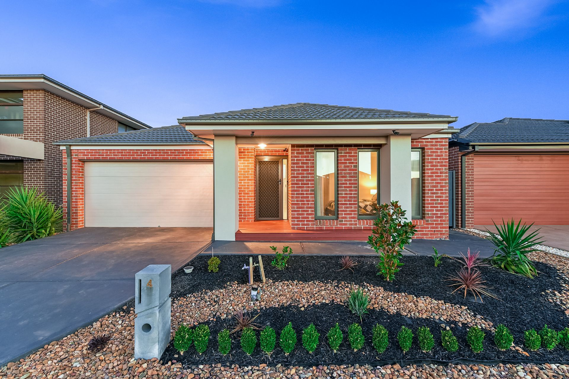 4 Fairoak Avenue, CLYDE NORTH, VIC, 3978 - Image