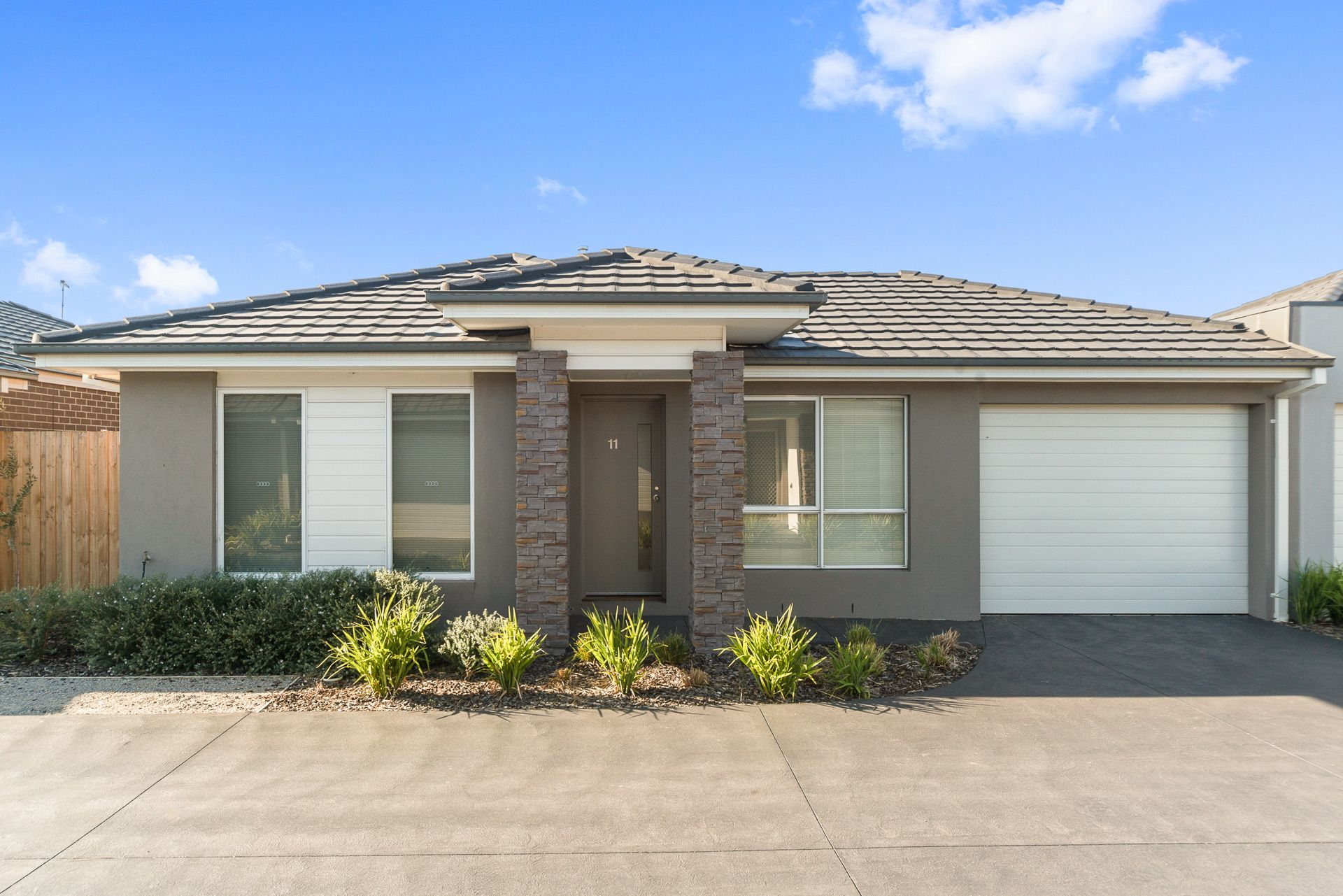 11 Sunflower Circuit, CARRUM DOWNS, VIC, 3201 - Image