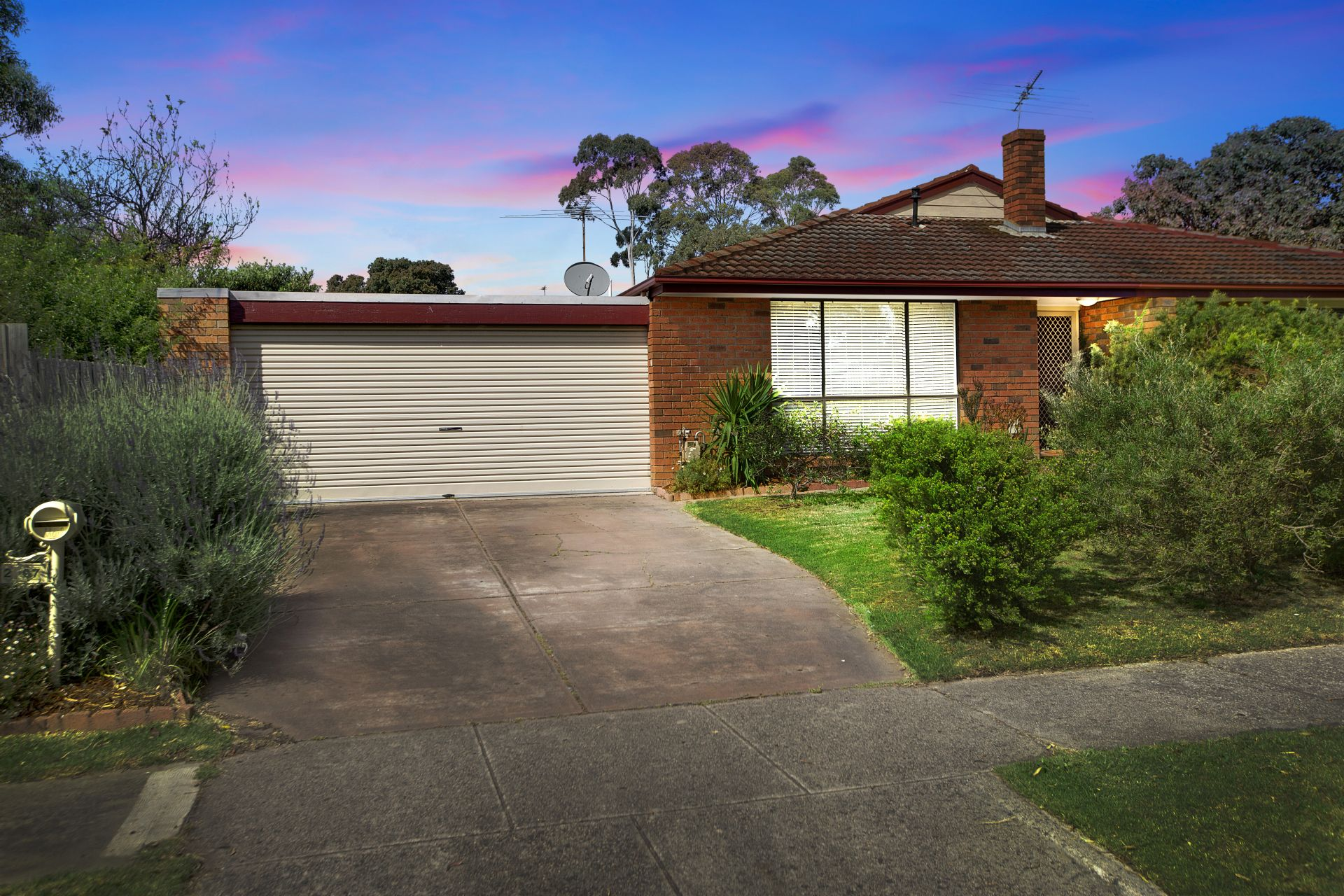 2/97 Dunsterville Crescent, FRANKSTON, VIC, 3199 - Image