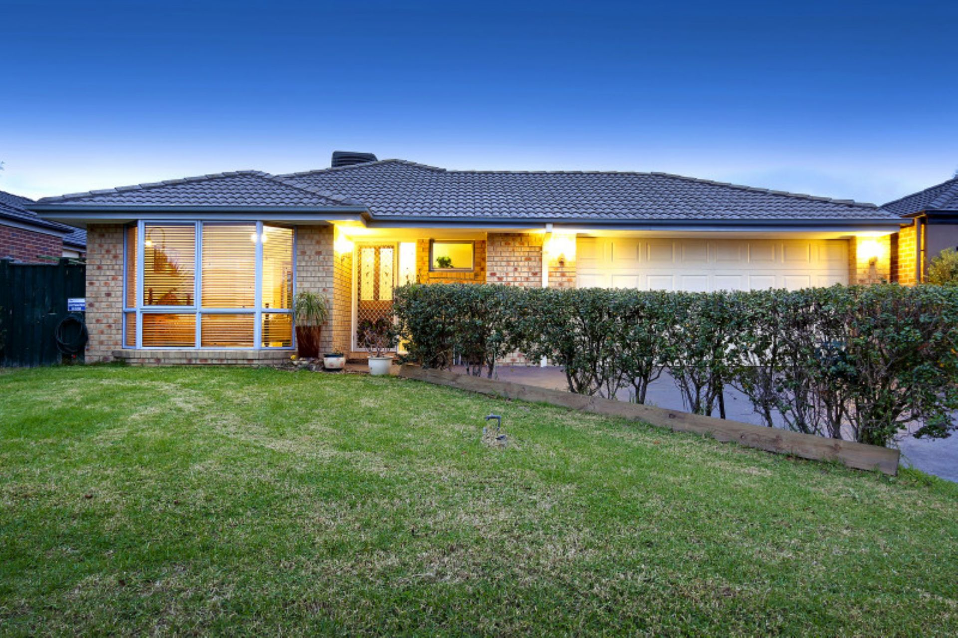 8 Trafalgar Square, MORNINGTON, VIC, 3931 - Image