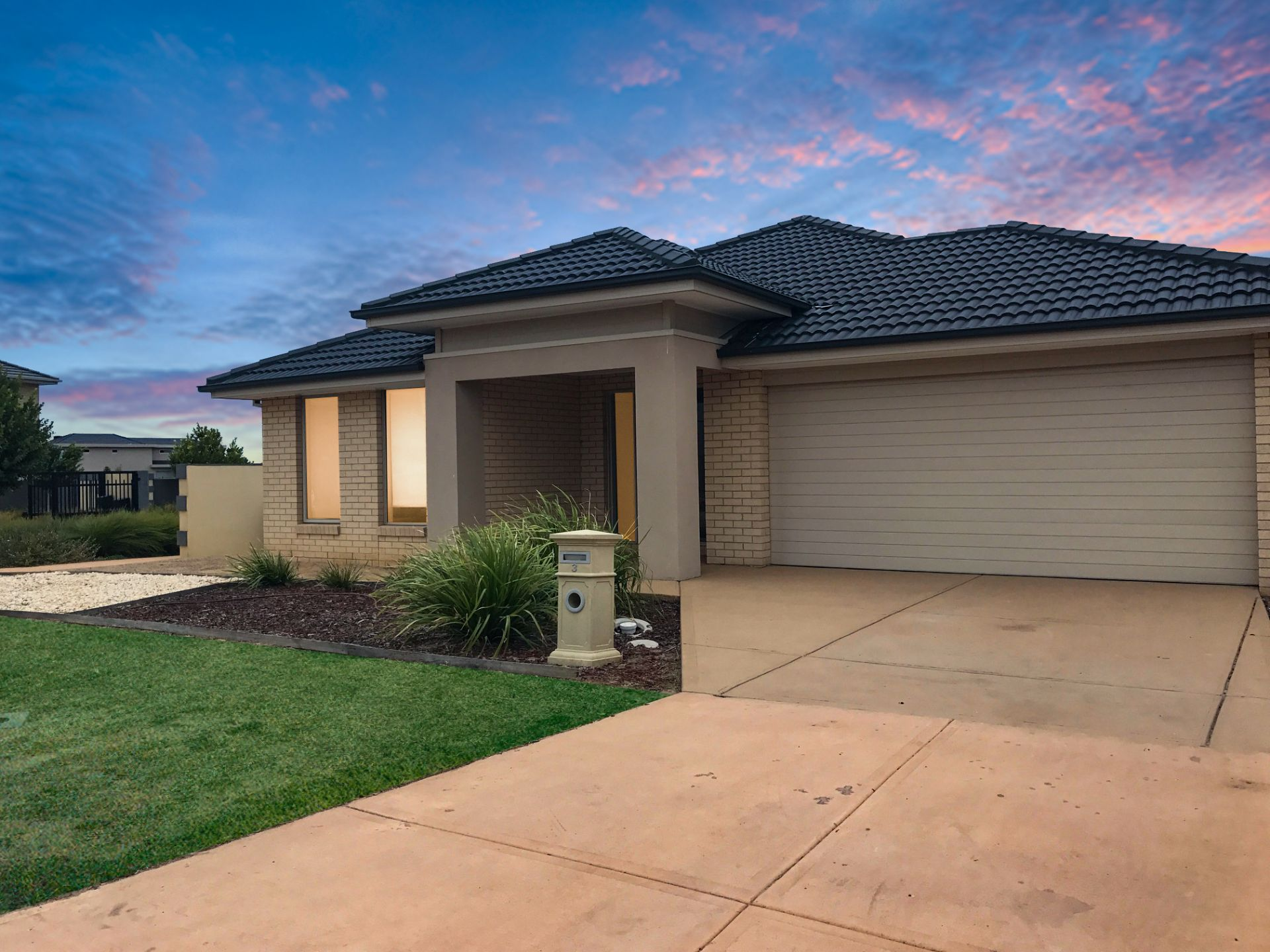 3 Rhode Island Close, POINT COOK, VIC, 3030 - Image