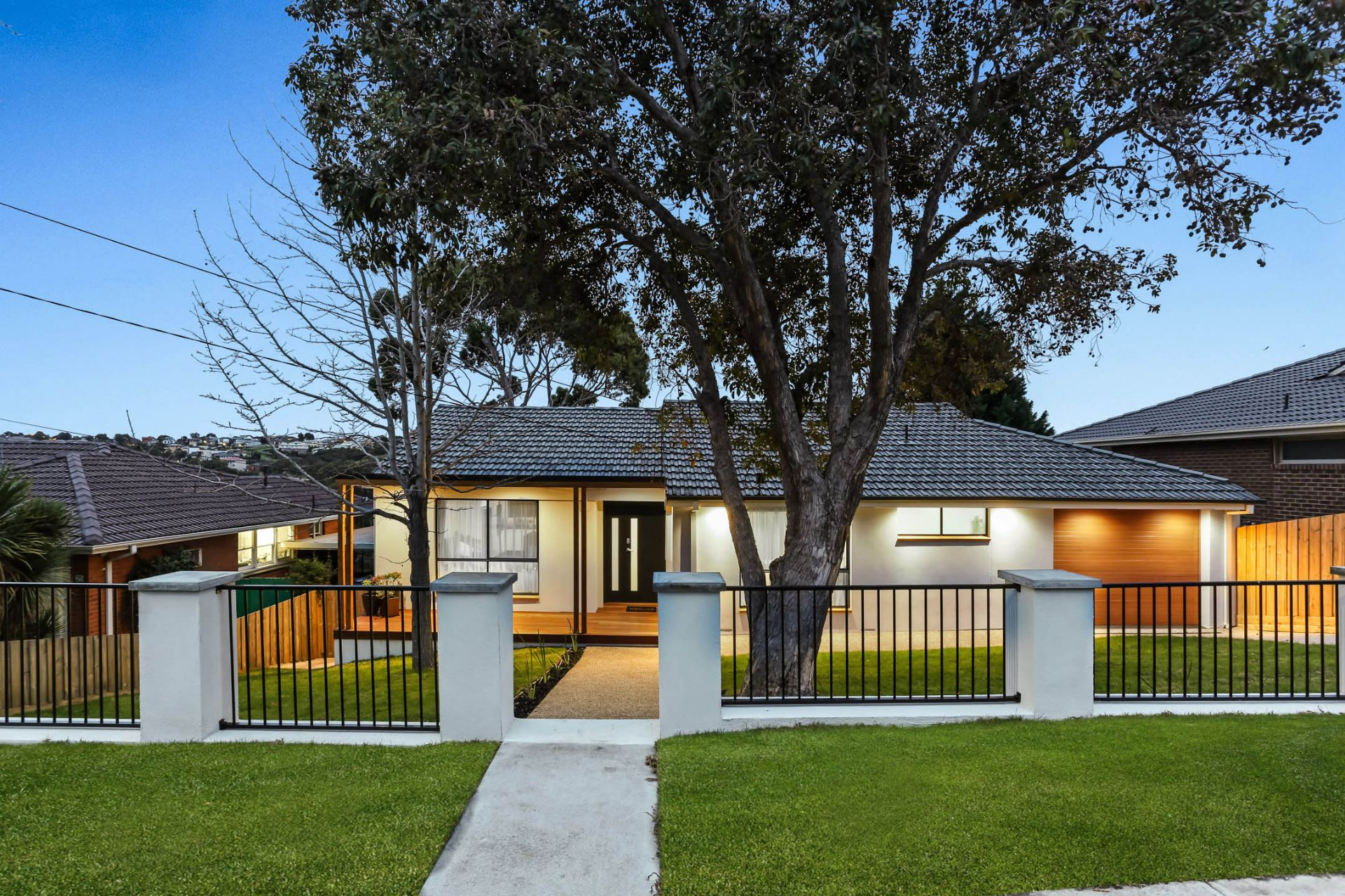 27 Centre Way, GLENROY, VIC, 3046 - Image