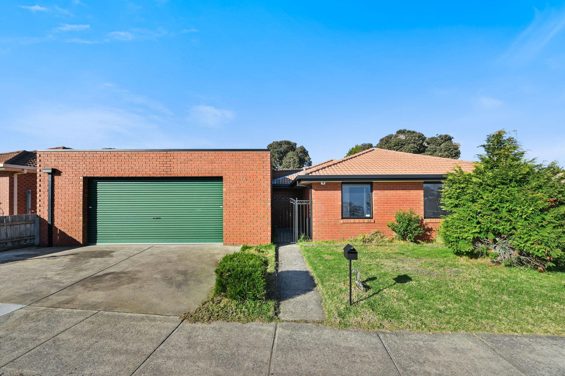 18 Pinnacle Way, HAMPTON PARK, VIC, 3976 - Image