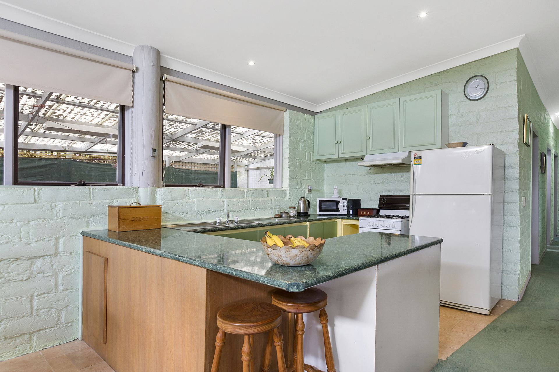 35 Sherwood Avenue, ROSEBUD, VIC, 3939 - Image