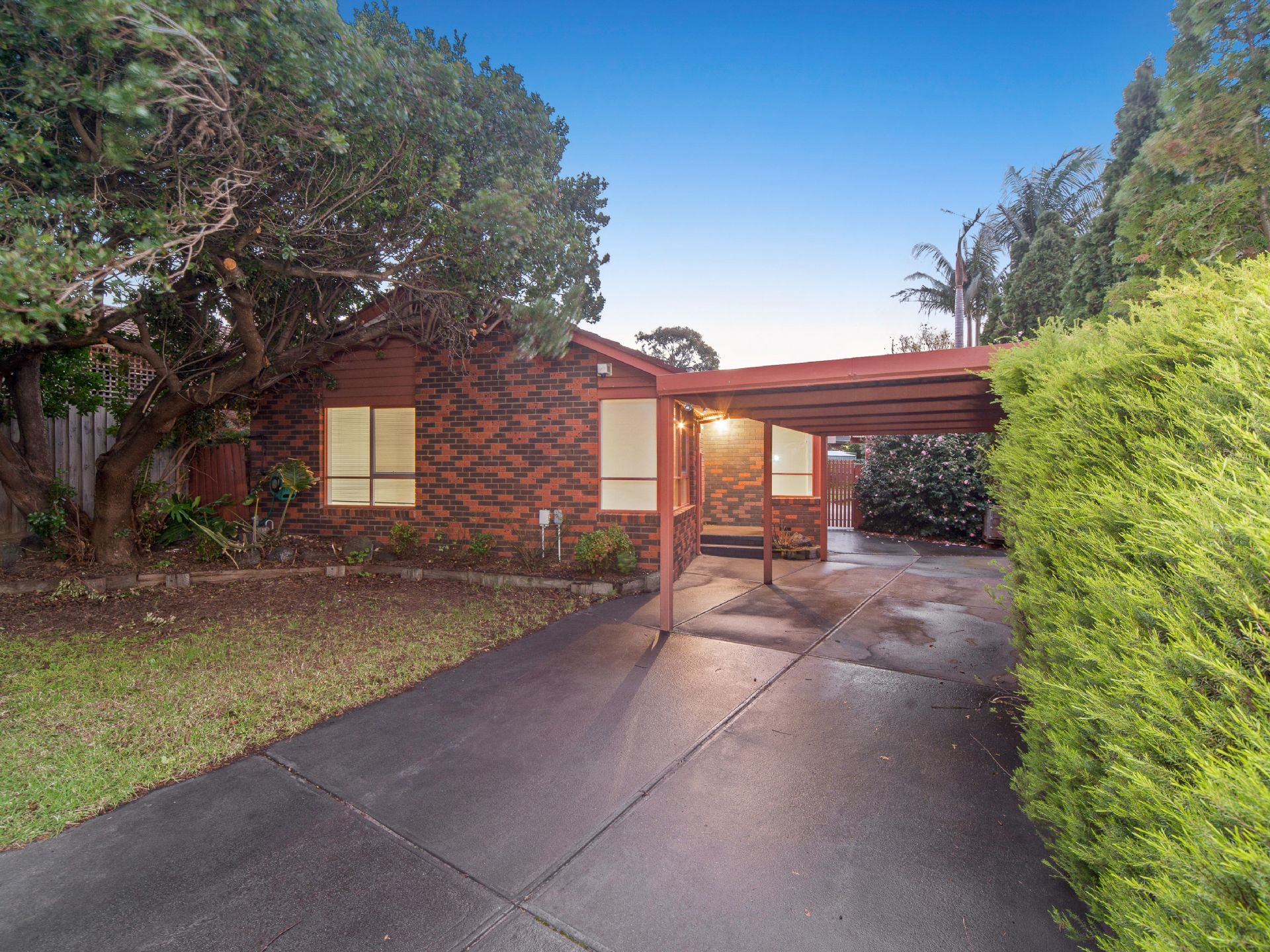 8 Birtinya Court, FRANKSTON, VIC, 3199 - Image