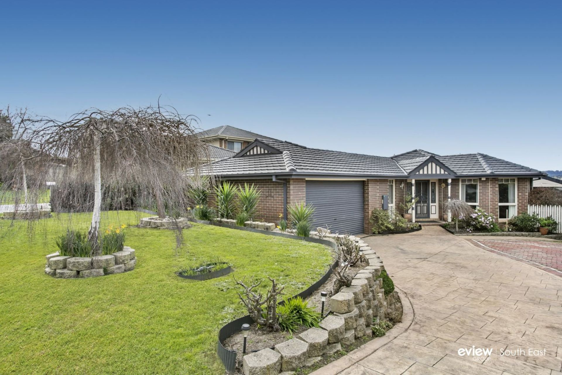 11 Edward Court, BERWICK, VIC, 3806 - Image