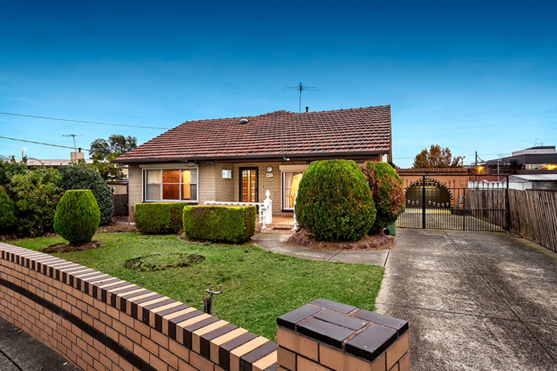 4 Oxley Court, BROADMEADOWS, VIC, 3047 - Image