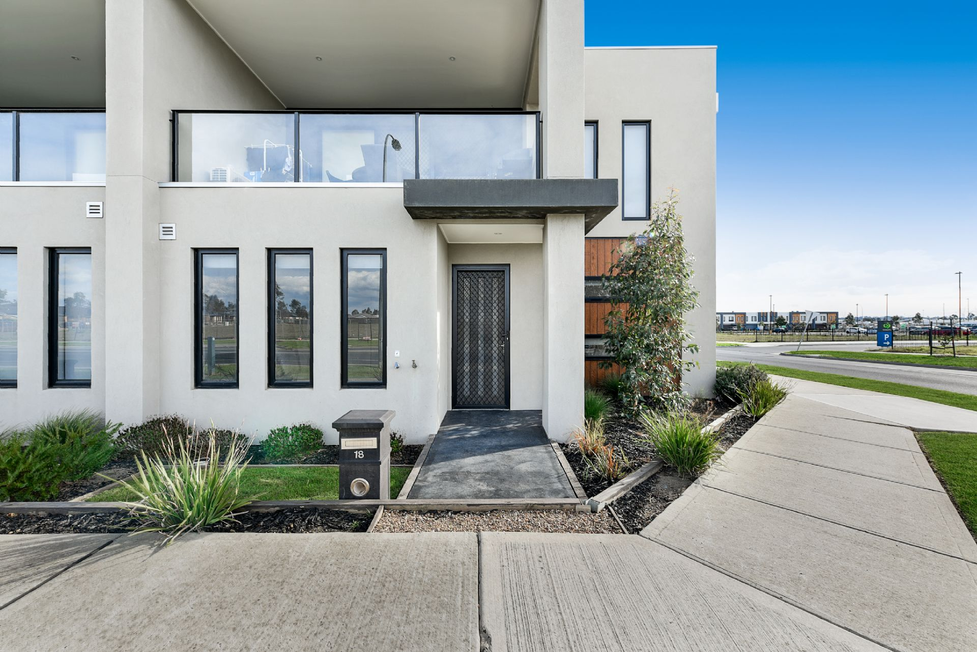 18 Bentley Lane, CLYDE NORTH, VIC, 3978 - Image