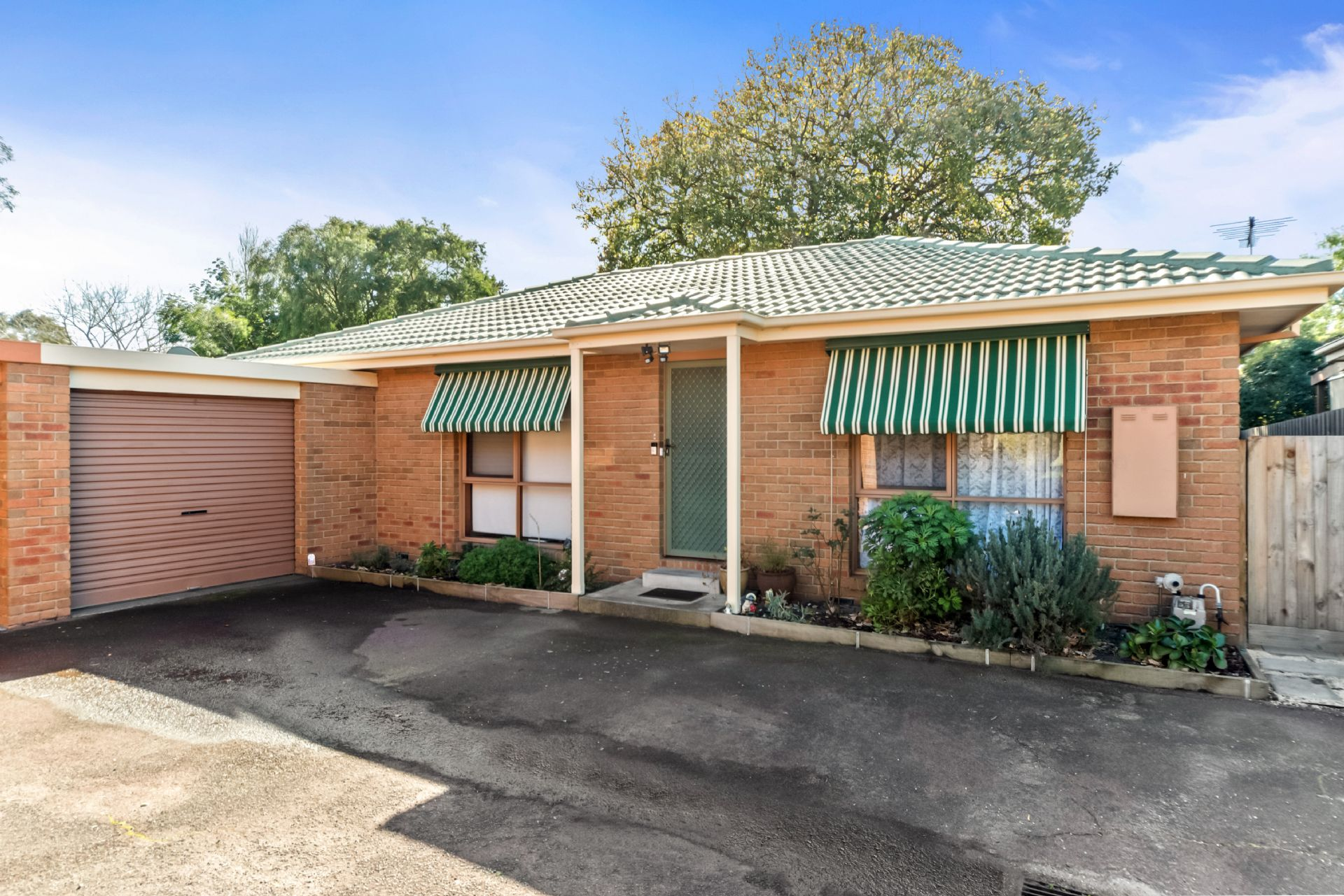 2/12 Neville Avenue, SEAFORD, VIC, 3198 - Image