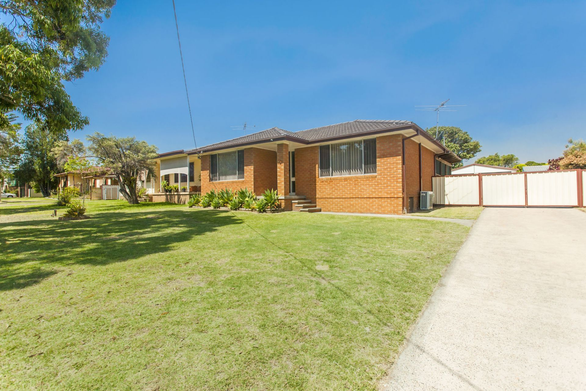 19  Bottle Brush Avenue, MEDOWIE, NSW, 2318 - Image