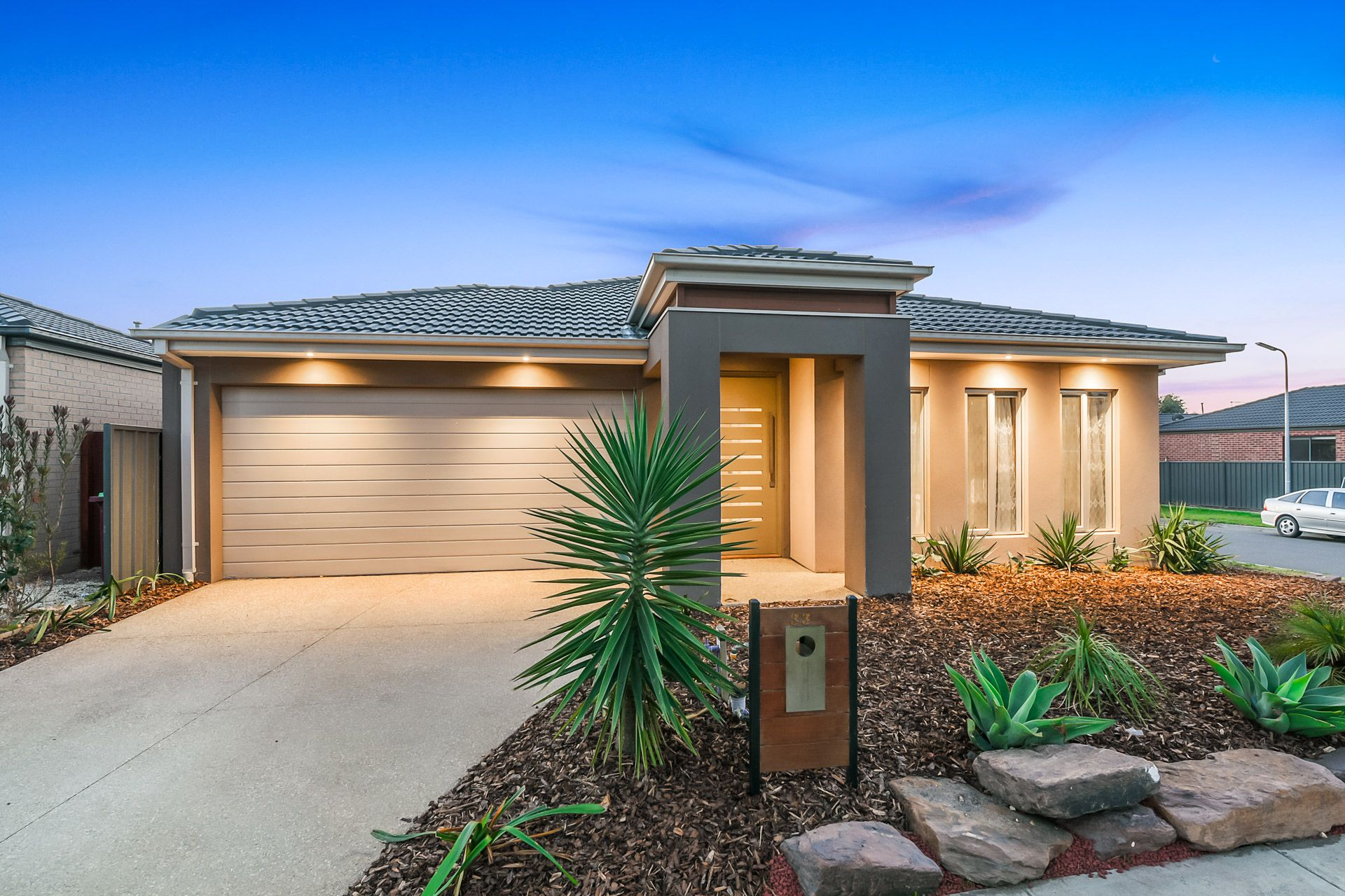 33 Barossa Drive, CLYDE NORTH, VIC, 3978 - Image